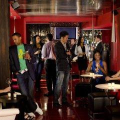 Отель Kimpton Rouge Hotel США, Вашингтон - отзывы, цены и фото номеров - забронировать отель Kimpton Rouge Hotel онлайн гостиничный бар