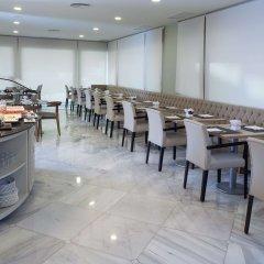Отель NH Madrid Barajas Airport питание