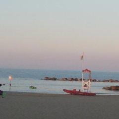 Отель Mediterranea Sea House Италия, Монтезильвано - отзывы, цены и фото номеров - забронировать отель Mediterranea Sea House онлайн пляж