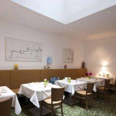 Отель Altstadthotel Weisse Taube Австрия, Зальцбург - отзывы, цены и фото номеров - забронировать отель Altstadthotel Weisse Taube онлайн помещение для мероприятий