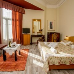 Отель Kinissi Palace комната для гостей