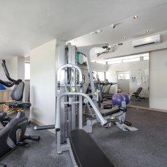 Oakwood Hotel Journeyhub Phuket фитнесс-зал