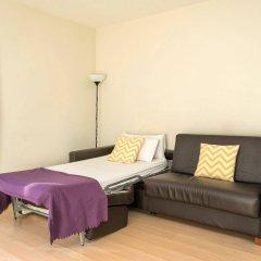 Апартаменты Apartments Sata Park Güell Area Барселона комната для гостей фото 4