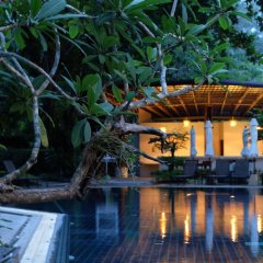 Отель Nai Yang Beach Resort & Spa бассейн фото 2