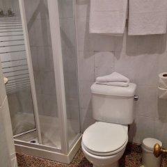 Отель Henry VIII ванная фото 2