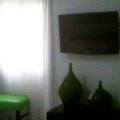 Отель Casa del Arbol Centro Гондурас, Сан-Педро-Сула - отзывы, цены и фото номеров - забронировать отель Casa del Arbol Centro онлайн удобства в номере