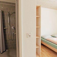 Отель Youth Hostel St. Moritz Швейцария, Санкт-Мориц - отзывы, цены и фото номеров - забронировать отель Youth Hostel St. Moritz онлайн ванная фото 2