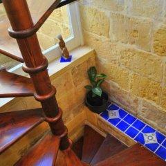 Отель Dar Ghax-Xemx Farmhouse Мальта, Виктория - отзывы, цены и фото номеров - забронировать отель Dar Ghax-Xemx Farmhouse онлайн интерьер отеля