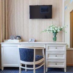 Гостиница Астон 4* Стандартный номер с двуспальной кроватью фото 9