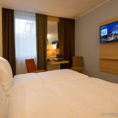 Отель Radisson Blu Latvija Conference & Spa Hotel Латвия, Рига - 7 отзывов об отеле, цены и фото номеров - забронировать отель Radisson Blu Latvija Conference & Spa Hotel онлайн комната для гостей фото 2