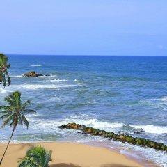 Отель Amari Galle Sri Lanka Шри-Ланка, Галле - 1 отзыв об отеле, цены и фото номеров - забронировать отель Amari Galle Sri Lanka онлайн пляж фото 2