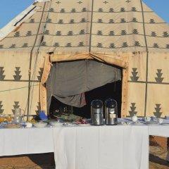 Отель Ksar Tin Hinan Марокко, Мерзуга - отзывы, цены и фото номеров - забронировать отель Ksar Tin Hinan онлайн помещение для мероприятий фото 2