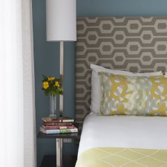 Ilikai Hotel & Luxury Suites комната для гостей фото 7