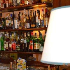 Отель Le Volpaie Италия, Сан-Джиминьяно - отзывы, цены и фото номеров - забронировать отель Le Volpaie онлайн гостиничный бар