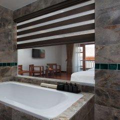 Отель Pilgrimage Village Hue Вьетнам, Хюэ - отзывы, цены и фото номеров - забронировать отель Pilgrimage Village Hue онлайн ванная фото 2