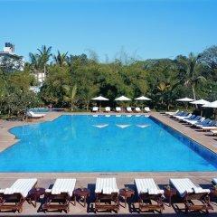Отель The Leela Palace Bangalore бассейн фото 3