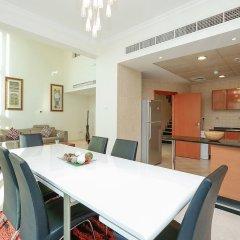 Отель Kennedy Towers - Emerald Residence в номере