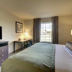 Отель Cobblestone Inn & Suites - Bloomfield комната для гостей фото 5