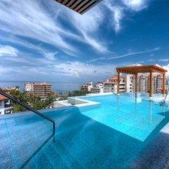 Отель V399 Penthouse by VallartaStays бассейн