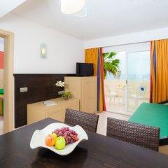 Отель Blau Punta Reina Resort в номере