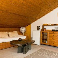 Отель Bed And Breakfast Zeevat Мюнхен в номере