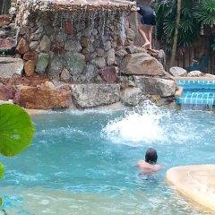 Отель Shanti Lodge Phuket бассейн