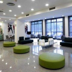 Отель NH La Avanzada интерьер отеля