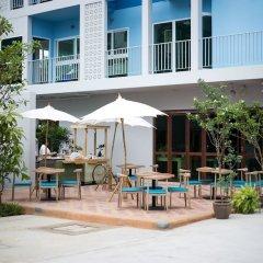 Отель Deeprom Pattaya Паттайя бассейн