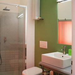 Отель Loft Padova Bed&Breakfast Италия, Падуя - отзывы, цены и фото номеров - забронировать отель Loft Padova Bed&Breakfast онлайн ванная фото 2