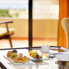 Отель Dead Sea Marriott Resort & Spa Иордания, Сваймех - отзывы, цены и фото номеров - забронировать отель Dead Sea Marriott Resort & Spa онлайн в номере фото 2