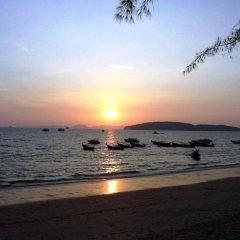 Отель Srisuksant Resort пляж