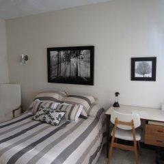 Отель Manoir dYouville комната для гостей
