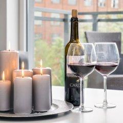 Апартаменты Elite Apartments Cityview Center Гданьск гостиничный бар