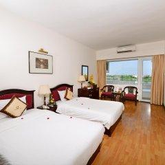 Century Riverside Hotel Hue комната для гостей