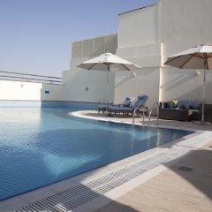 Grand Excelsior Hotel Al Barsha бассейн