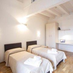 Отель Arezzo Sport College Ареццо сейф в номере