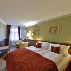 Отель Hastal Old Town Прага комната для гостей