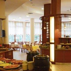 Отель Orpheus Hotel Болгария, Пампорово - отзывы, цены и фото номеров - забронировать отель Orpheus Hotel онлайн питание фото 2