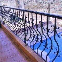 Отель Mariam Hotel Иордания, Мадаба - отзывы, цены и фото номеров - забронировать отель Mariam Hotel онлайн балкон