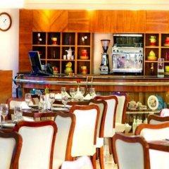 Отель Golden Sands 3 гостиничный бар