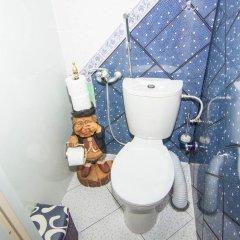 Гостиница Hostel Cherdak в Калининграде отзывы, цены и фото номеров - забронировать гостиницу Hostel Cherdak онлайн Калининград ванная фото 2