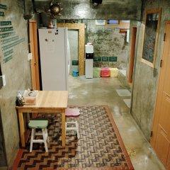 Отель Bong Backpackers Южная Корея, Сеул - отзывы, цены и фото номеров - забронировать отель Bong Backpackers онлайн интерьер отеля