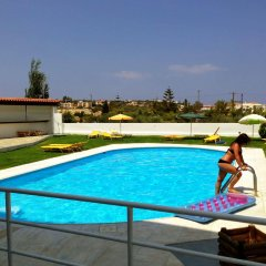 Mastorakis Hotel And Studios бассейн