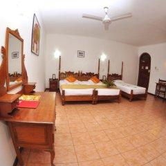 Отель Royal Beach Resort Шри-Ланка, Индурува - отзывы, цены и фото номеров - забронировать отель Royal Beach Resort онлайн развлечения