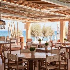 Отель Mediterranean Beach Palace Hotel Греция, Остров Санторини - отзывы, цены и фото номеров - забронировать отель Mediterranean Beach Palace Hotel онлайн питание фото 3