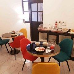 Отель Little Queen Pantheon Residence Италия, Рим - отзывы, цены и фото номеров - забронировать отель Little Queen Pantheon Residence онлайн комната для гостей
