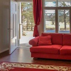 Отель Holiday Home Villa Mirage Финляндия, Ювяскюля - отзывы, цены и фото номеров - забронировать отель Holiday Home Villa Mirage онлайн комната для гостей фото 2