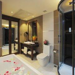 Отель Athena Boutique Hotel Вьетнам, Хошимин - отзывы, цены и фото номеров - забронировать отель Athena Boutique Hotel онлайн ванная фото 2