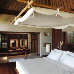 Отель Six Senses Samui сейф в номере