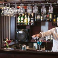 Отель Halong Majestic Legend Cruise гостиничный бар